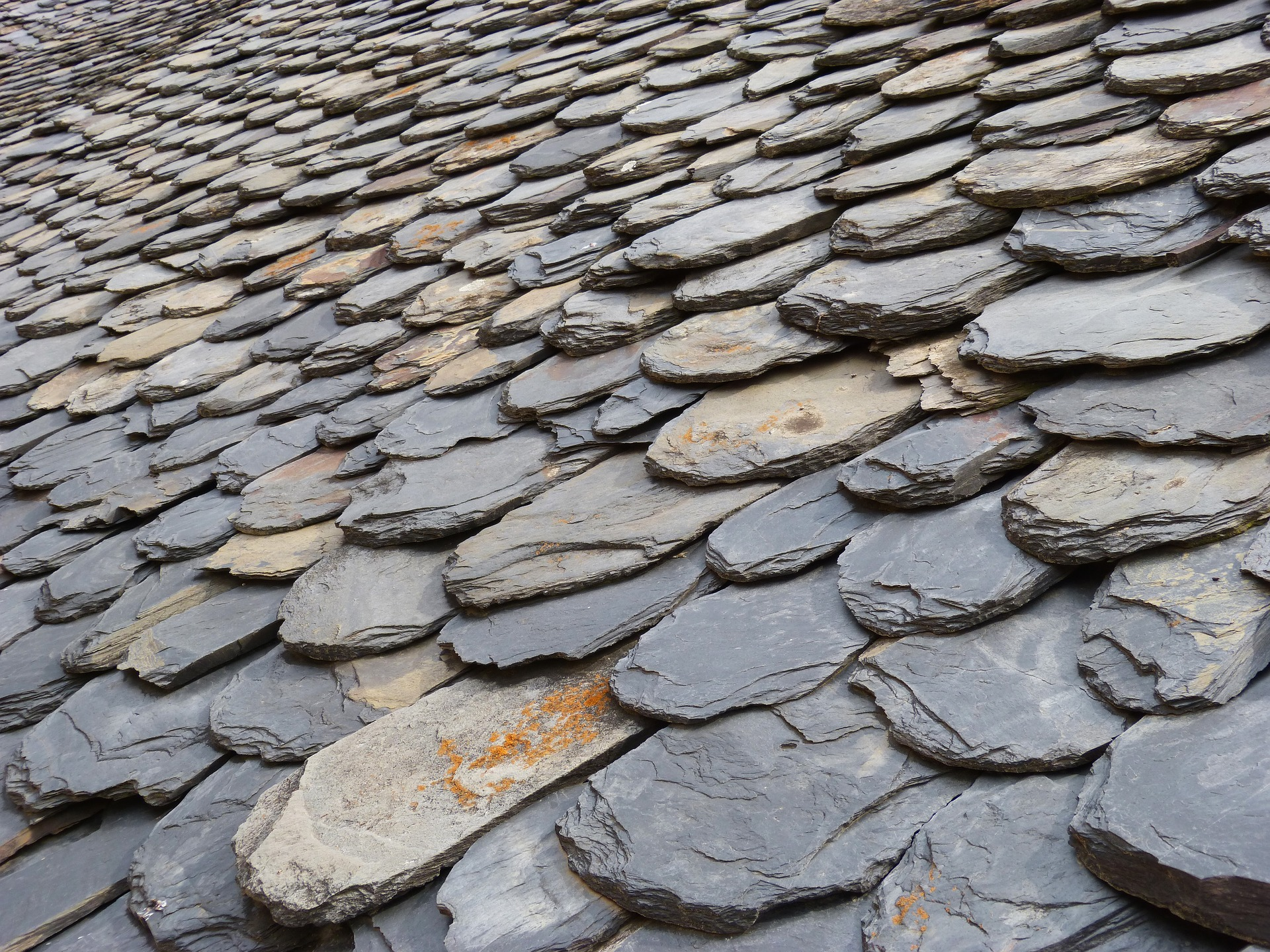 Is It Worth Repairing A Slate Roof Slate Roof Pros And Cons